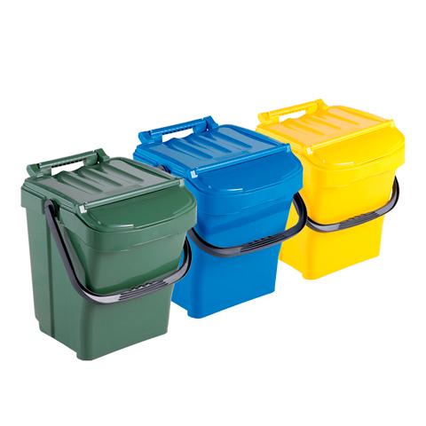Sada troch odpadkových košov s držadlom a vekom